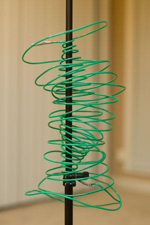 Insulated 12 Gauge Wire Antenna: Vertical